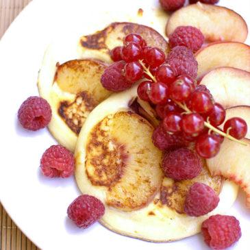 placuszki z ricotty z brzoskwinią, tylko 4 składniki