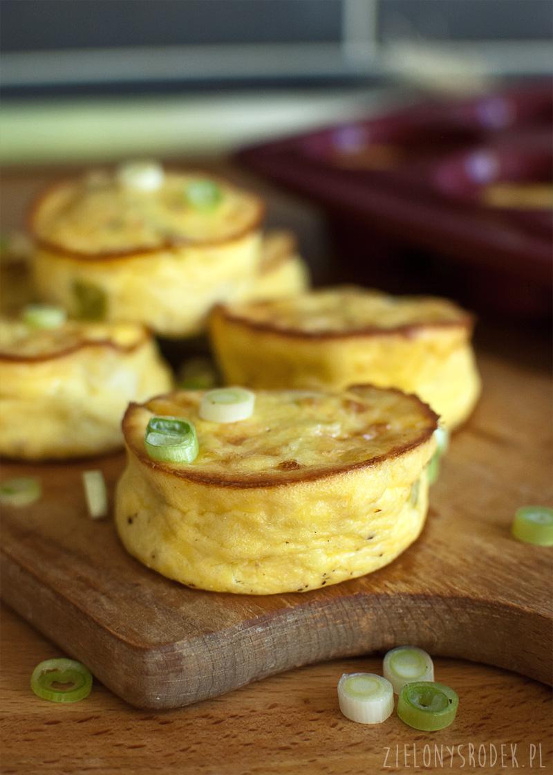 muffiny jajeczne z porem a la quiche, czyli coś na podobieństwo sufleta