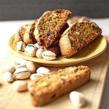 owsiane biscotti z pistacjami i żurawiną