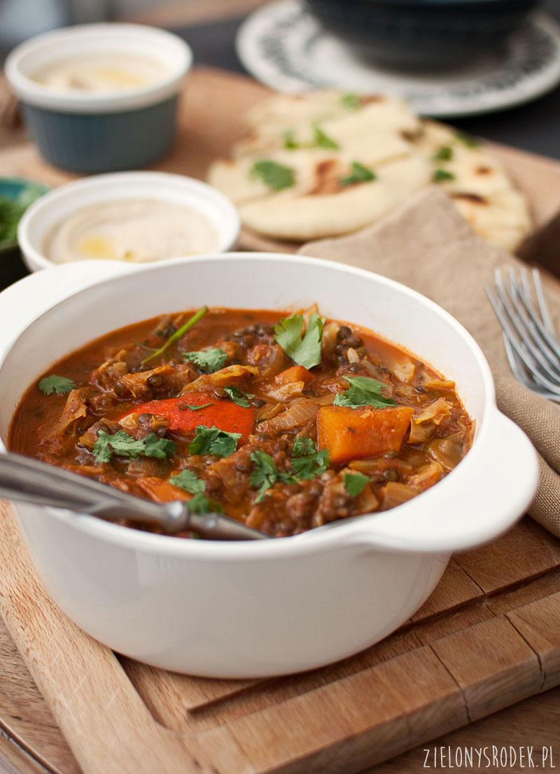 curry z dynią soczewicą i kapustą. pyszny, jesienny obiad