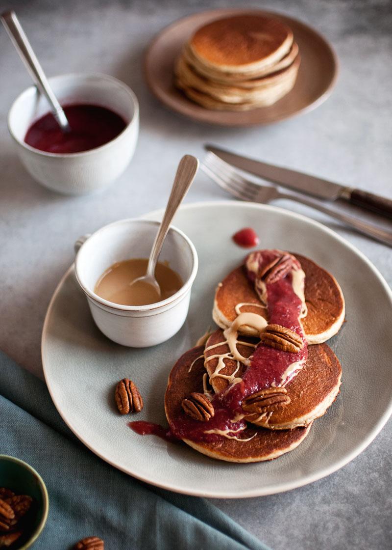 pancakes z masłem orzechowym , zdrowe fit placki placuszki z masła orzechowego, bez mąki, bez glutenu