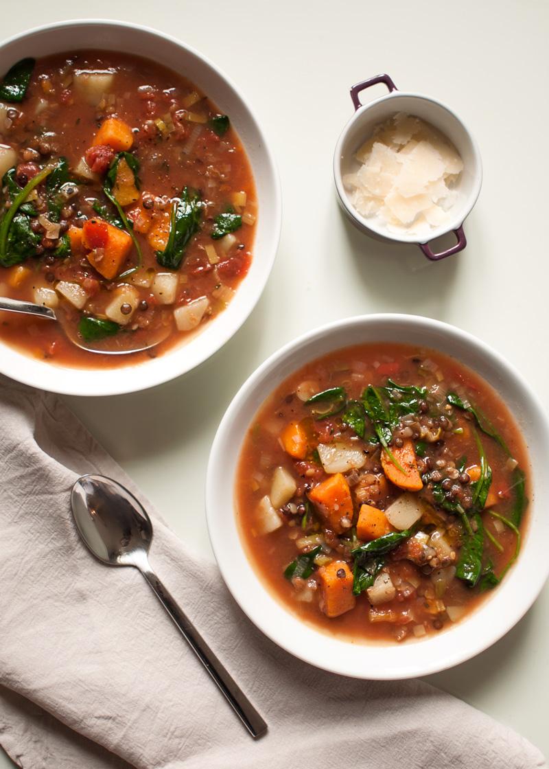 zupa na rozgrzanie zimowa zupa z soczewicą